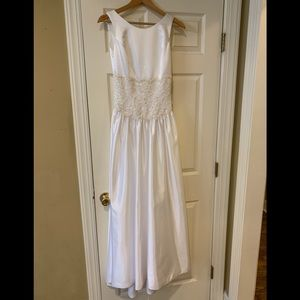 NWOT! Wedding dress - satin w lace & pearl
